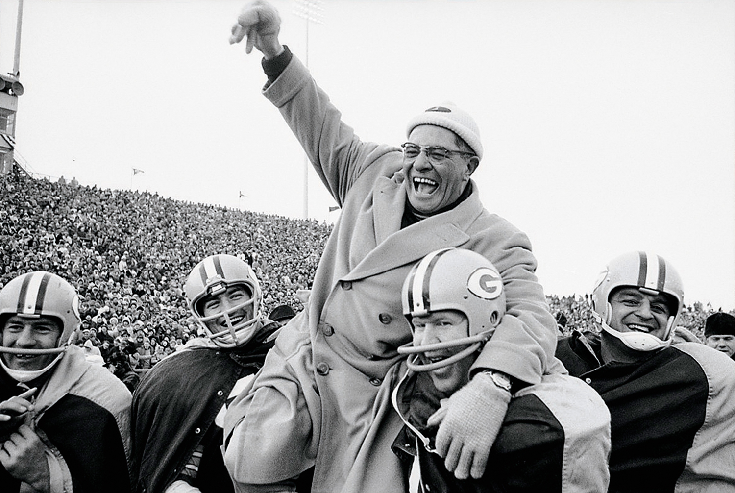 ... New York Giants, Green Bay, WI 12/31/1961 (Photo by Marvin E. Newman