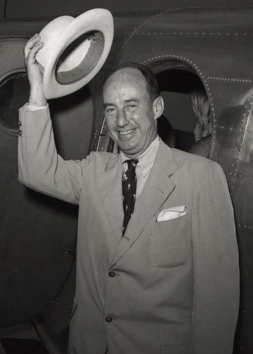 Adlai_Stevenson_1952