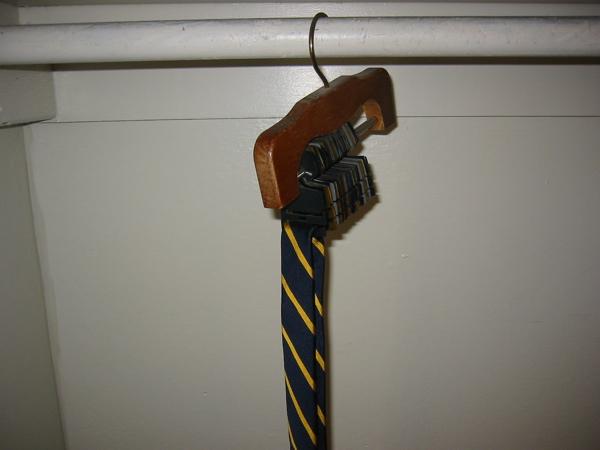 hanger-tie